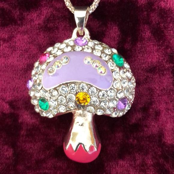 Betsey Johnson Jewelry - Betsy Johnson Mushroom Necklace